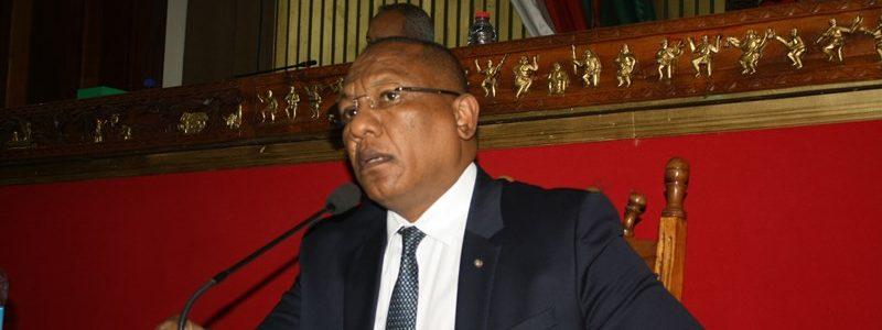 PRÉSENTATION DU PROGRAMME DE MISE EN ŒUVRE DE LA POLITIQUE GÉNÉRALE DE L'ETAT PAR LE PREMIER MINISTRE