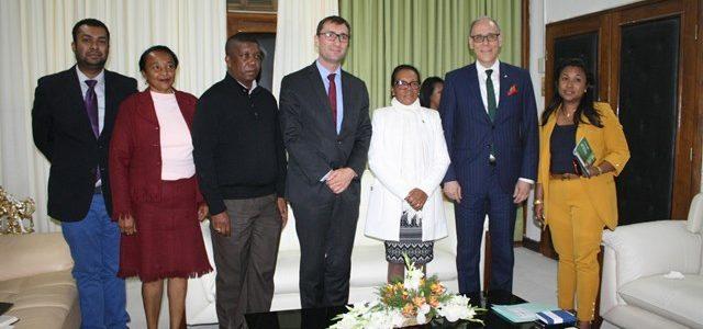 VISITE DU NOUVEL AMBASSADEUR D'ALLEMAGNE A L'ASSEMBLÉE NATIONALE DE MADAGASCAR