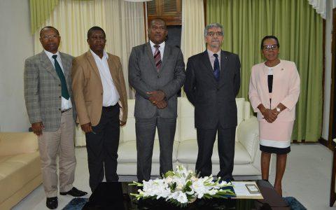 L'Ambassadeur d'Algérie en visite à l'Assemblée nationale : le renforcement des relations parlementaires au menu