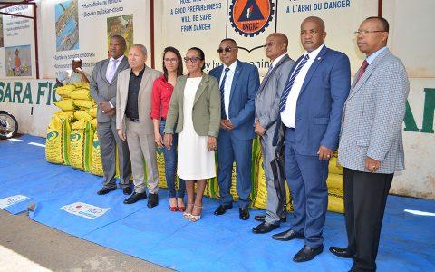 BNGCR : Remise de don de l'Assemblée nationale