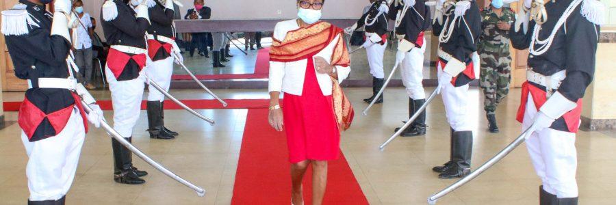 Discours de Madame Christine RAZANAMAHASOA, Présidente de l'Assemblée nationale lors de l'ouverture officielle de la session extraordinaire